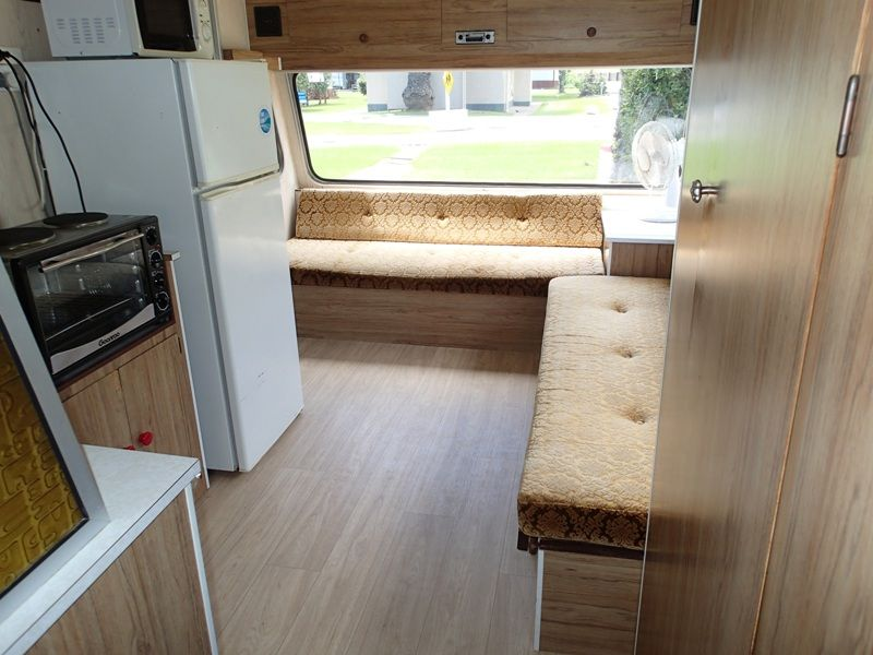 Kitchen Caravan A8